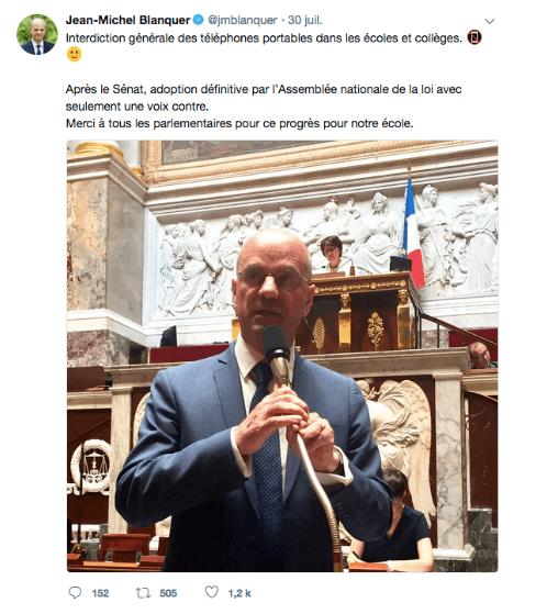 Tweet de JM Blanquer annonçant la loi sur l'usage des smartphones à l'école