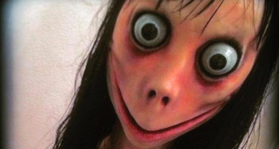 L'étrange tête de Momo, la créature qui sévit sur WhatsApp